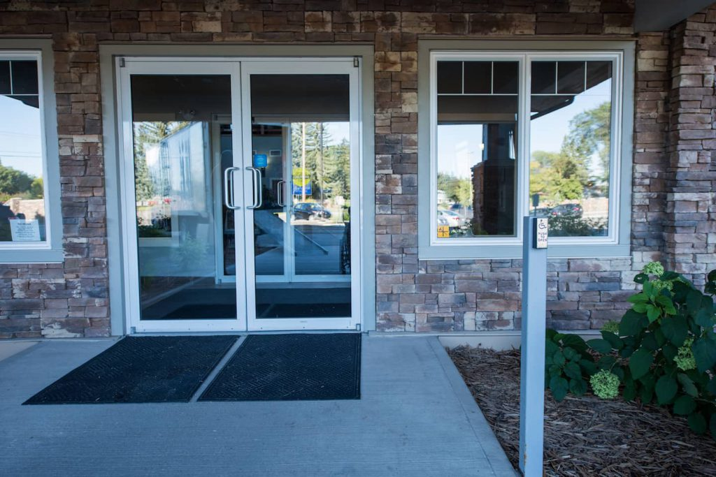 Accessible power doors are optimal for entrance into the complex.
